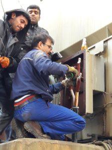 تلاش بدون وقفه همکاران تعمیرات الکتریک و تأسیسات عمومی به مدت 18 ساعت و انجام تعمیرات در کمترین زمان ممکن در حادثه منجر به تریپ واحد 3 در تاریخ 1396/01/16