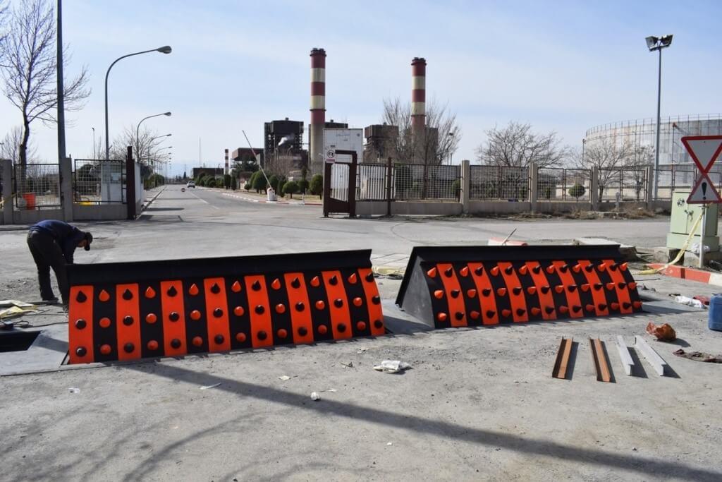 احداث ۲ دستگاه راهبند ضد انتحاری در نیروگاه طوس